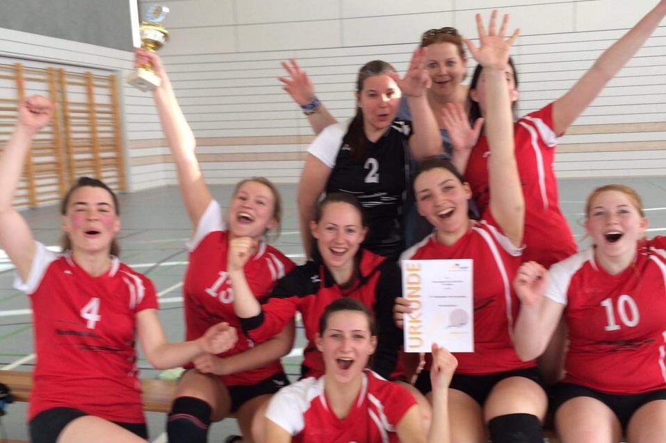 20150510 Damen1 Pokalsieg sport verein salamander kornwestheim volleyball