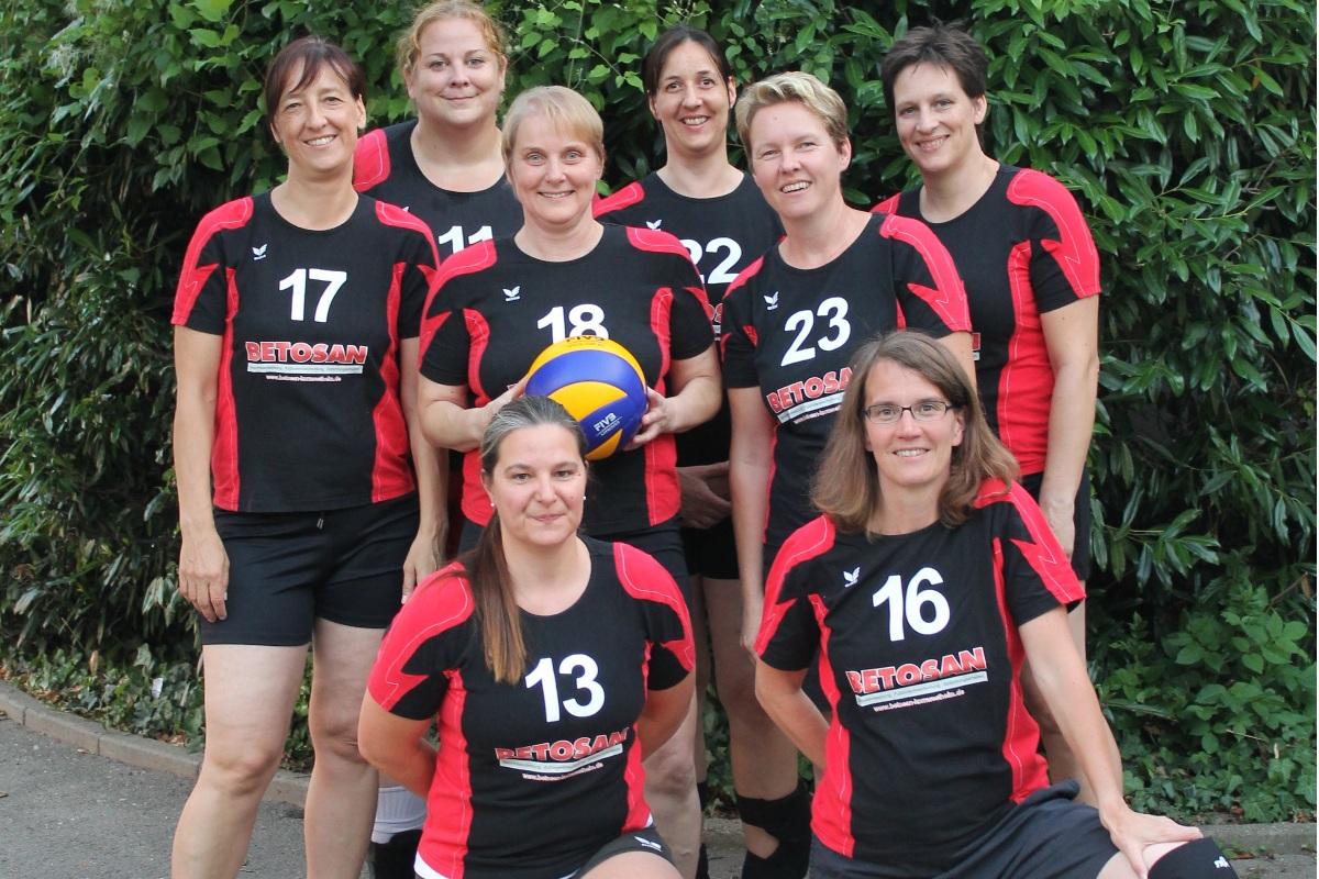20150803 Mannschaftsfoto Seniorinnen sport verein salamander kornwestheim volleyball